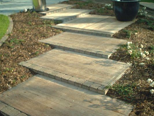 Voordelige toepassing van duurzame steenschotten in je tuin. #recyclen