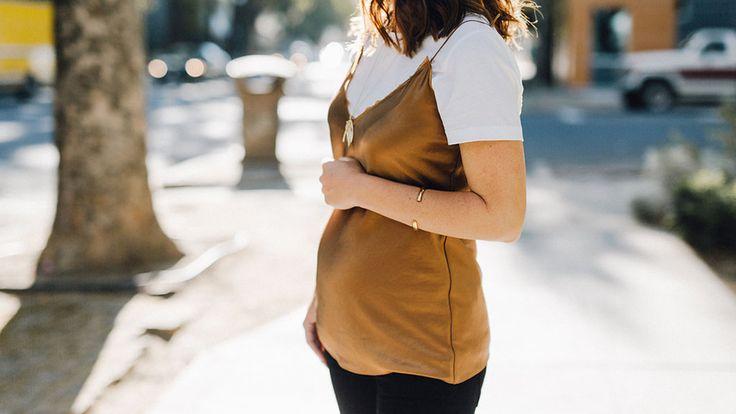 Pregnant Street Style: 50 Ways to Look Chic While You're Expecting | StyleCaster
