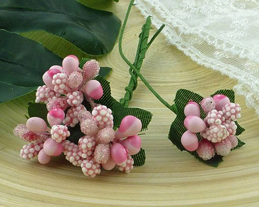 12 BABY PINK BEAD BERRY SPRAY CLUSTERS