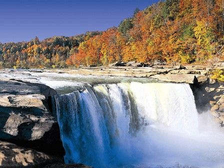 Cumberland Falls.  One of Kentucky's beautiful State Parks.