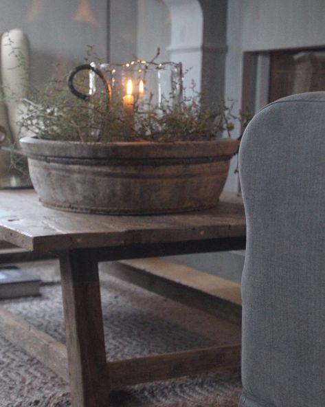 Hier starten vandaag de Kerst Open Huis dagen! Ook staat een groot gedeelte van de kerstcollectie online. Van harte welkom! Vrijdag 17 en zaterdag 18 november & Vrijdag 24 en zaterdag 25 november. Hiernaast zijn wij de hele maand december op donderag en zaterdag geopend! Kijk voor de openingstijden op de website. www.FriedaDorresteijn.nl #kerstinspiratie #woonwinkel #binnenkijken #genieten #landelijkwonen #landelijkestijl #wonenlandelijkestijl #stijlvolwonen #wooninspiratie #hoffz…