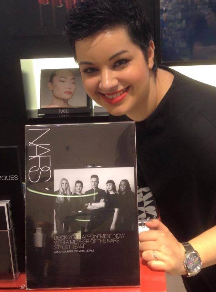 Notre Sam est sur la couverture du livre NARS Cosmetics ! Nous sommes très fiers de toi !