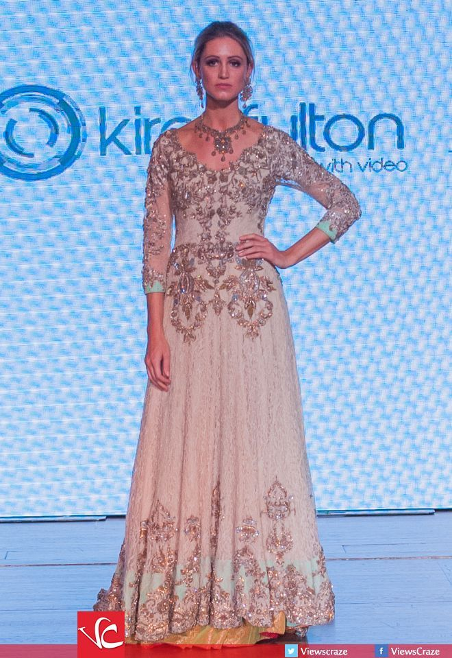 Erum Khan's Collection at Pakistan Fashion Week 8 London 2015 (PFW8)