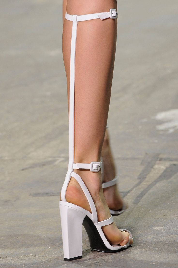 IF you have to do a white shoe...well this is a good choice!!!