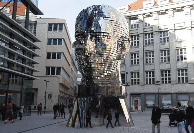 La Tête de Franz Kafka tourne à Prague - Chambre237