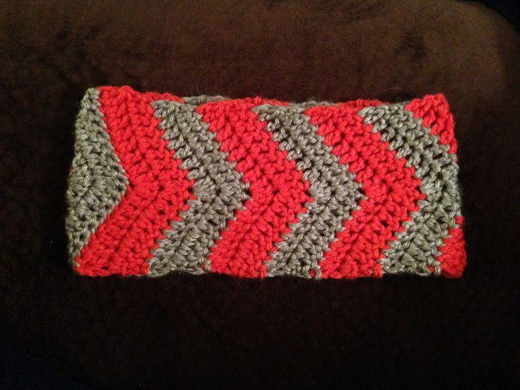 Free Crochet Chevron Ear Warmer Pattern : 1000+ ideas about Crochet Ear Warmers on Pinterest Ear ...