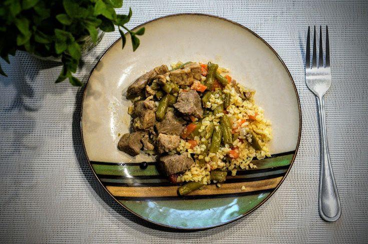 Fit & Fast Kitchen: Gulasz z indyka z marchewką i fasolką