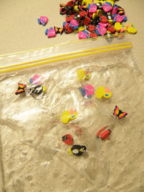 Sensory Bags. Finally a sensory activity that is contained in a bag!