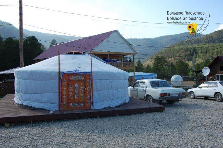 Бурятская юрта в летнем лагере