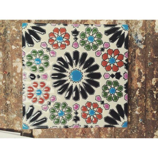 Hermoso azulejo Granada realzado ❤️ #azulejo #hechoamano #hechoenMéxico #DoloresHidalgo #tiles #handcrafted #madeinMexico #tilelover #Camsa