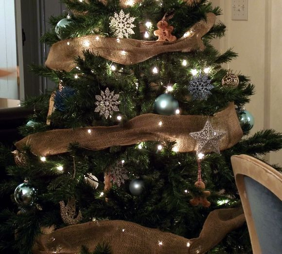 Primitive christmas decorating ideas christmas for Pinterest christmas decorations for the home