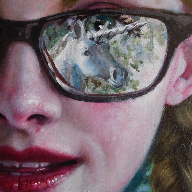 Jana Brike - Combining strict and defined brushstrokes with free flowing ones on a little portrait of a Girl struck by a Unicorn. Here's a little closeup crop. We all probably have been struck by a unicorn at some point of our lives, haven't we, girls?