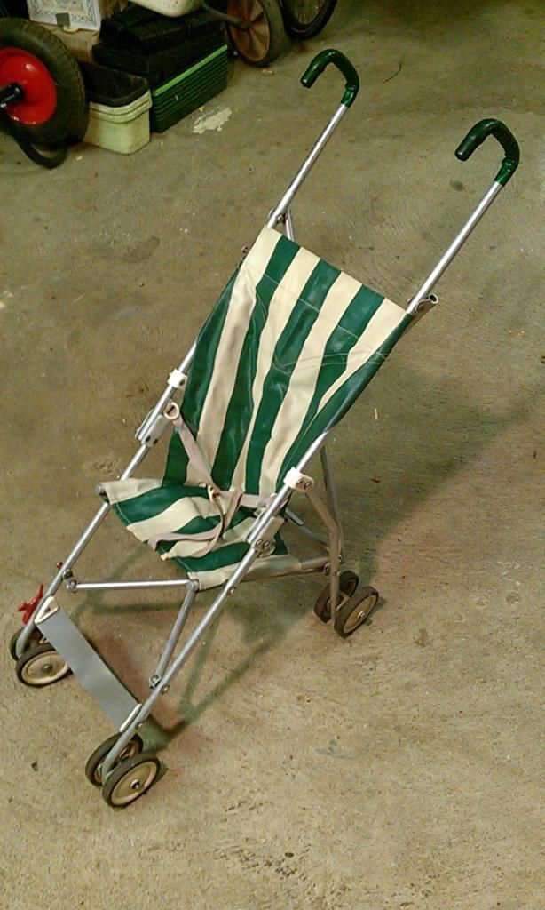 Original maclaren baby buggy 1967 My Sister really loves this one http://www.geojono.com/