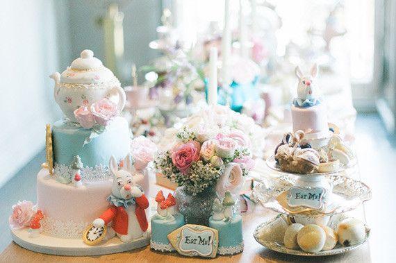 Festa De 15 Anos Ideas: Alice In Wonderland Party Ideas (100 Layer Cakelet
