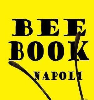 Con il patrocinio dell'Unicef nasce la prima edizione di BeeBook, una raccolta di libri tutta napoletana da devolvere alle piccole biblioteche sul territorio. Il 23 aprile due ApeCar attraverseranno Napoli per raccogliere e regalare libri nella Giornata Mondiale del Libro. L'evento è promosso dalla sezione Editoria Cultura e Spettacolo e il gruppo giovani dell'Unione Industriali di Napoli. #cultura #Napoli #BeeBook