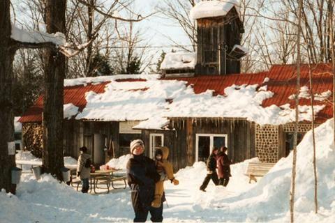 Cabane à sucre Au Bec Sucré, 5677, ch. de l'aéroport, Canton de Valcourt, Valcourt, Québec, Canada