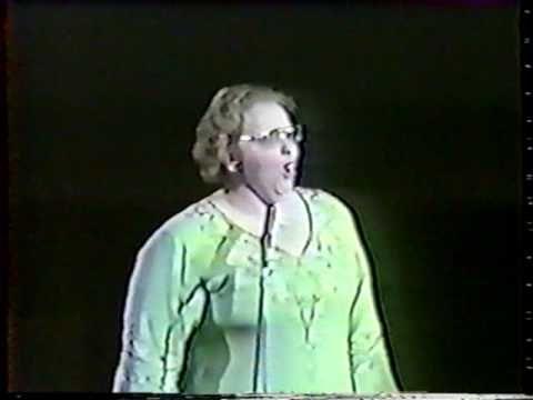 1976 kate smith anthem God bless America - YouTube