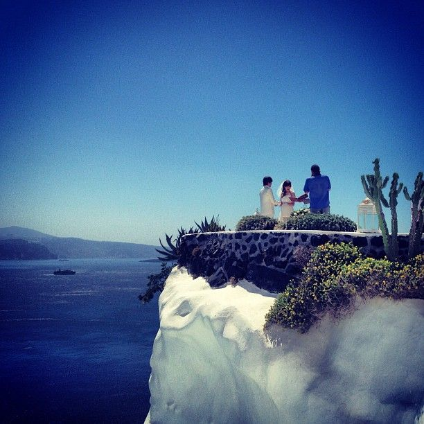 #Marriage on the top of #Santorini! Our best wishes to you! #AndronisExperience Photo credits: @niotwift