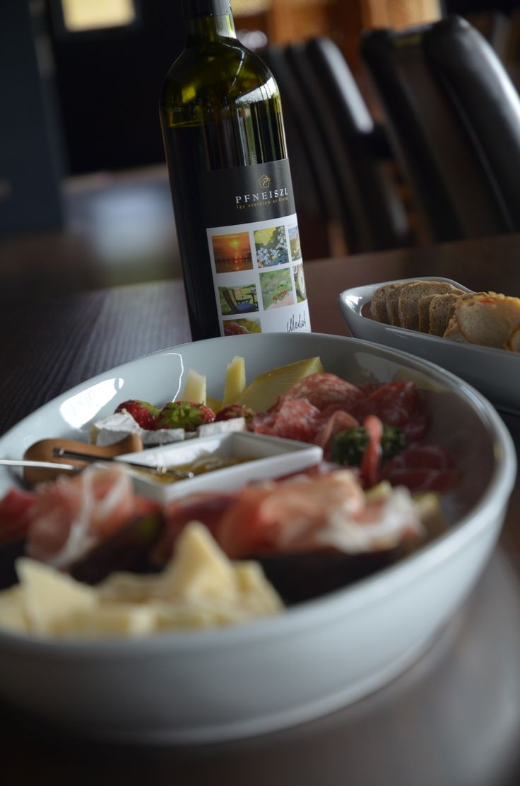 Pfneiszl wine and food go perfectly together!