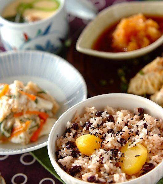 「栗入り炊きお赤飯」の献立・レシピ - 【E・レシピ】料理のプロが作る簡単レシピ/2009.01.12公開の献立です。