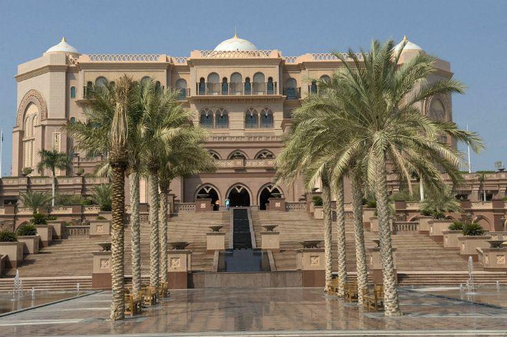 Luxury 5 star Emirates Palace in Abu Dhabi | Covet Edition