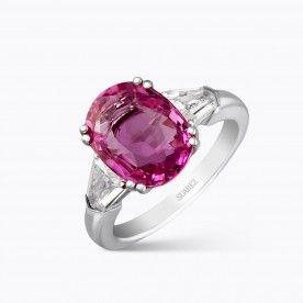 Sortija de oro blanco con zafiro rosa central talla oval y bullets de diamantes blancos - Nuestras Joyas - JOYAS