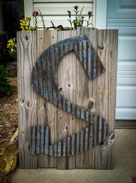 Old tin letter, WAY cool!                                                                                                                                                                                 More