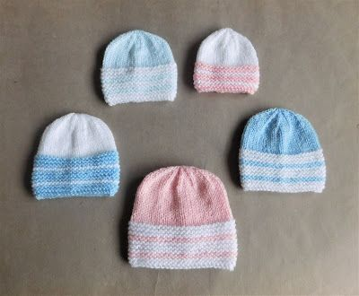 I love these sweet little hats - so simple but so cute!        Babbity Baby Hats                  Babbity Baby Hats        in 2 colours   ...