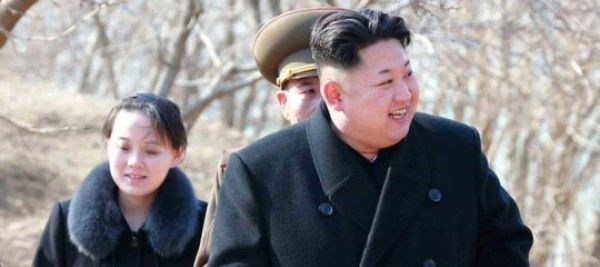 Chi è la sorella del dittatore coreano che sta gestendo nell'ombra la crisi con gli Usa