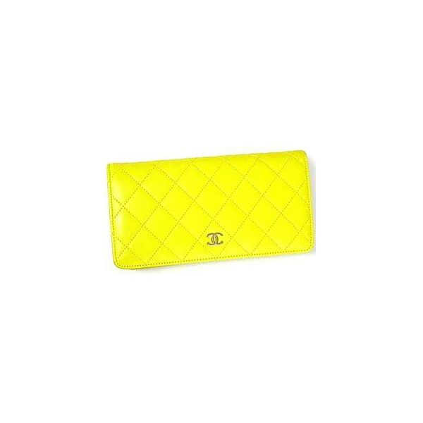 Chanel Bag ❤ liked on Polyvore featuring bags, handbags, clutches, chanel, bolsas, chanel bags, chanel pochette, chanel handbags, yellow clutches and chanel clutches