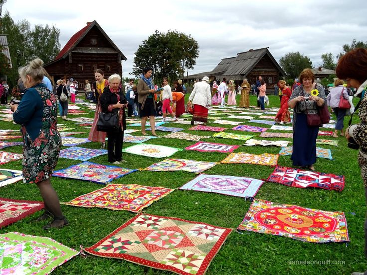 This August I travelled to the International Quilt Festival in Suzdal, Russia. It was a 10 day trip, with 8 of them spent at the Quilt Festival and in the immediate neighbourhood of Suzdal, a small…