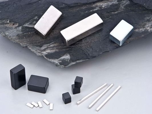 Square Block Sintered NdFeB Magnets