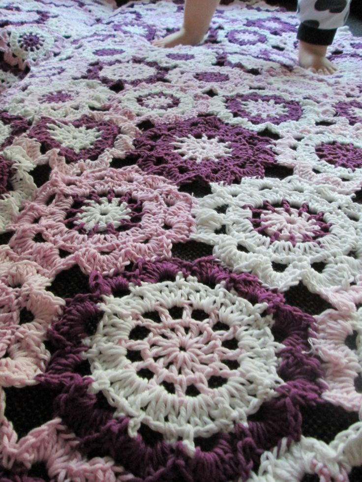 Japanska blommor (mönster: BautaWitch)     Virkade / Crocheted / Virkatut