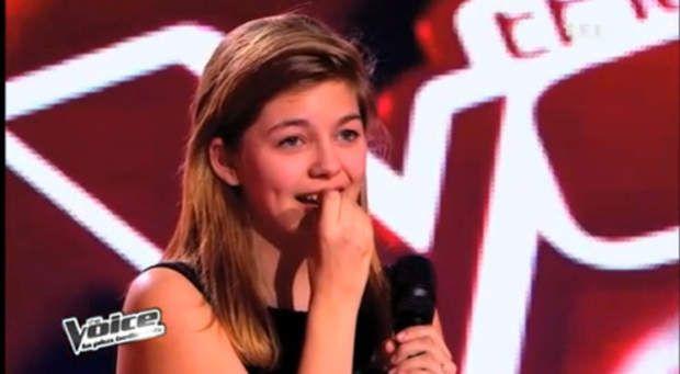 Louane lors de sa première audition à l'aveugle dans The Voice en 2013