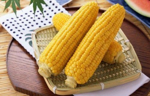 Вареная кукуруза: все секреты приготовления / Простые рецепты