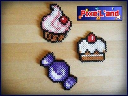 Pixels art Sweet et douceur réalisés en perle Hama. Pour plus de détail individuels, vous pouvez consulter chaque produit séparément. Disponible en plusieurs coloris sur simple demande.  *Pensez à la customisation de votre Pixel art !! : Porte clé, aimant, cadre, pot etc...*