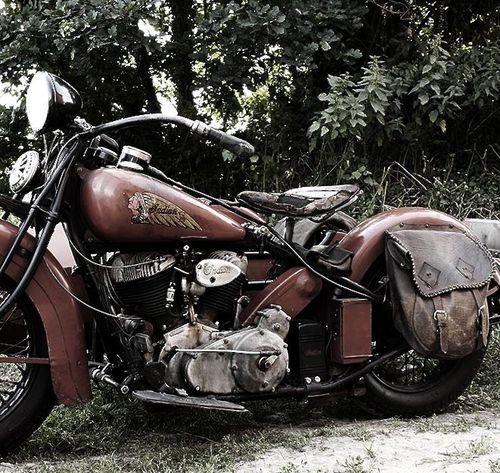 Classic Vintage Indian Motorcycle:: Golf Phuket. Phuket Golf Leisure Co., Ltd.
