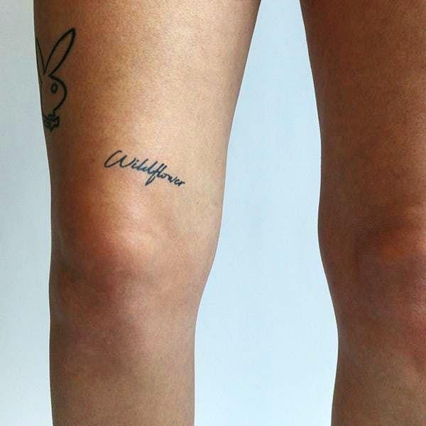 Flos Feram Tattoo Semi Permanent Tattoos By Inkbox Knee Tattoo 5sos Tattoo Handwriting Tattoos
