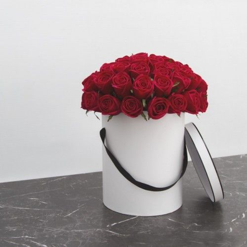 Three things will remain Faith, Hope, and #Love... ❤️ ❤️ ❤️ But the greatest of them is #LOVE ❤️ Let them know how much you Love them... Send this... #Valentine Flower Arrangement ... 🌹 🌹 🌹 #valentinesflowers #orderfloweronline #valentinesday