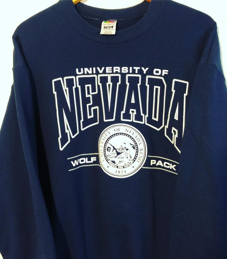 Vintage University of Nevada Wolf Pack Sweatshirt, Men's XL #vintagestyle #universityofnevada #wolfpack