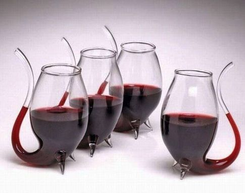 Funky wine glasses winery pinterest glasses life - Funky champagne flutes ...