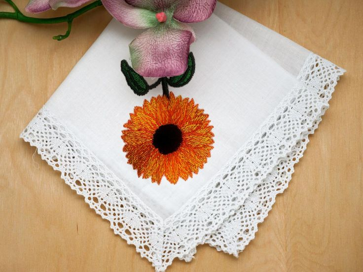 BRIGHT AND BLOOMING SUNFLOWER EMBROIDERY DESIGN