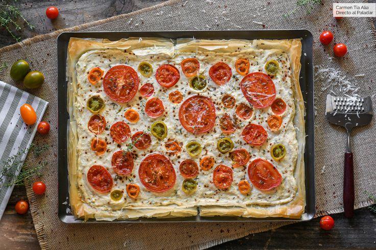 Tarta salada de queso ricotta y tomate, receta para saborear a lo grande los tomates de temporada  – Quichés y pasteles salados