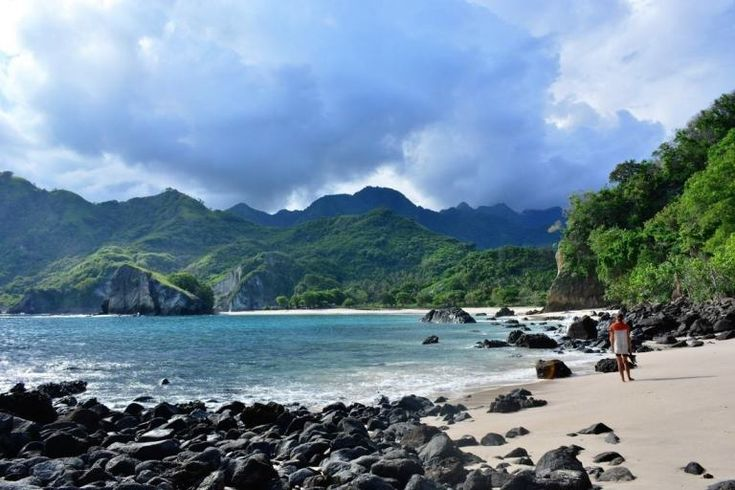 Maumere & Koka Beach: the Best Beach of Flores, Indonesia