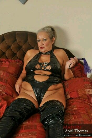 Dirty mature old mistress