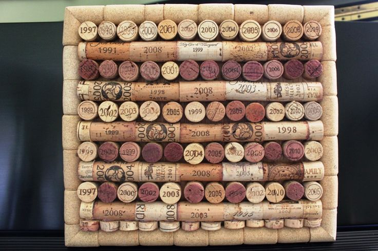 Trivet made with dated wine corks
