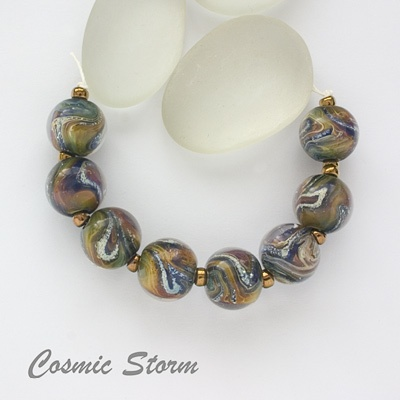 more gorgeous beads from Izzy