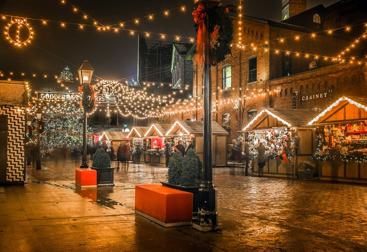Each #Christmas time, Toronto's Distillery District hosts a festive Christmas Market. #Distillery_District #Toronto ##Beautiful #Festive