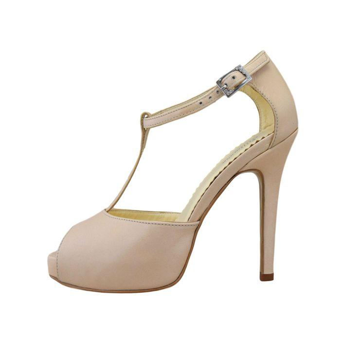 Sandale din piele nude