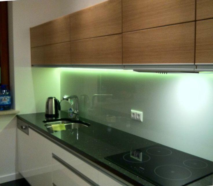 Panele-lakierowane-podswietlone-LED-backsplash-pl